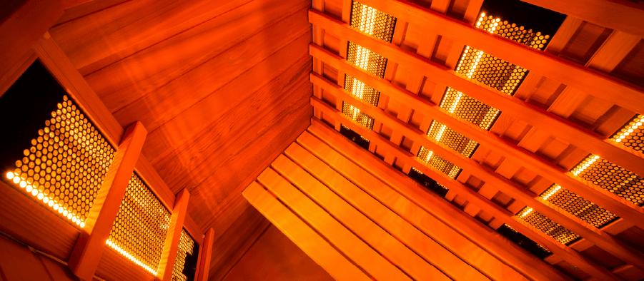 interno sauna infrarossi con emettitori al quarzo e magnesio
